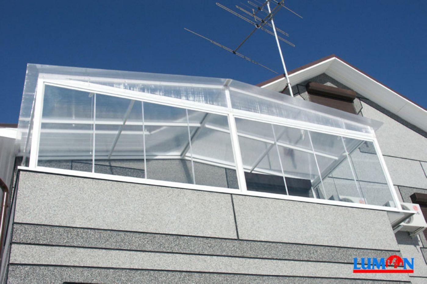 Балконы с крышой дизайн фото. - дизайны балконов - каталог с.